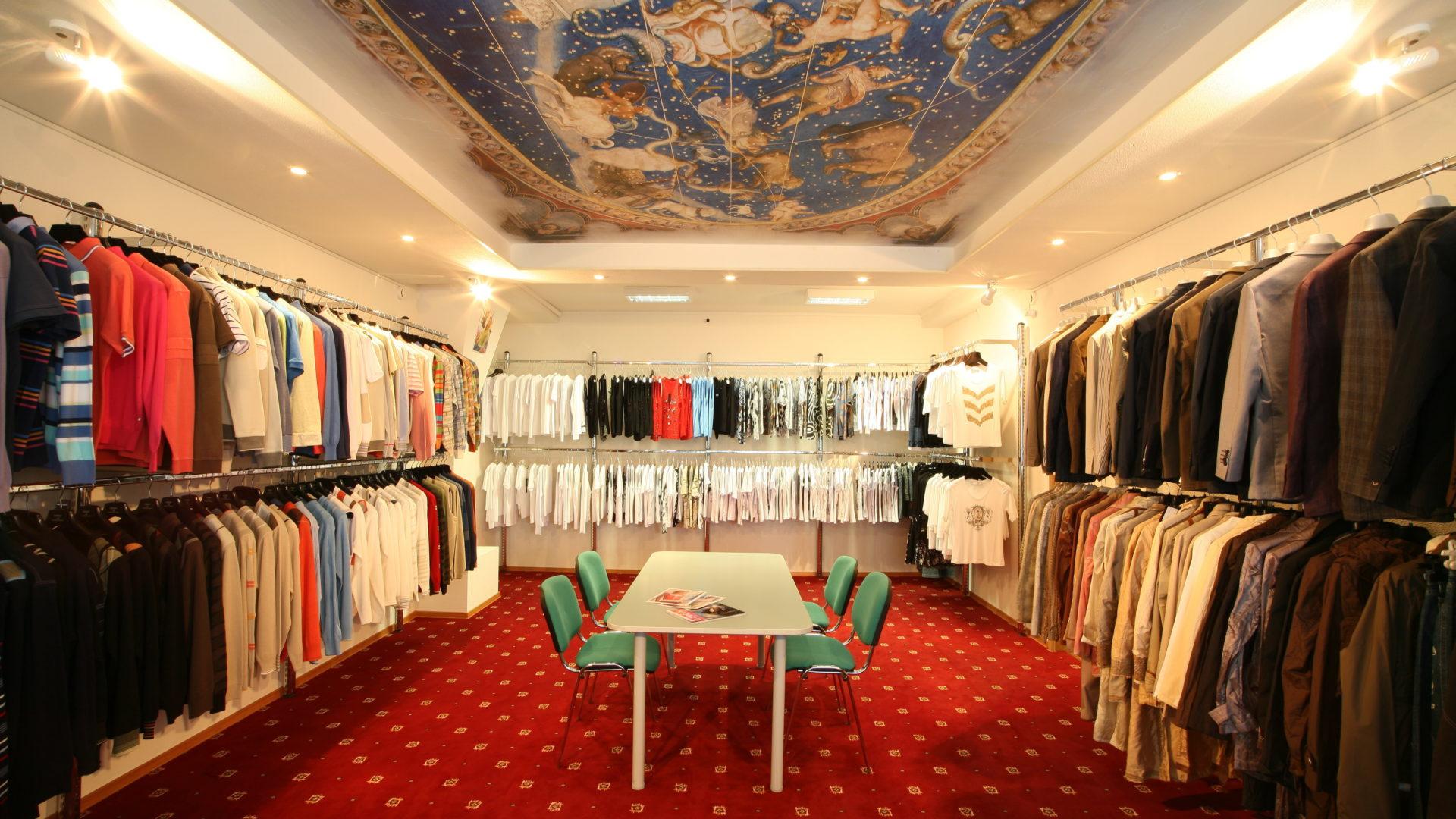 showroom e distribuzione moda cedesi