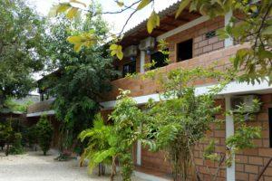 facciata hotel lato giardino